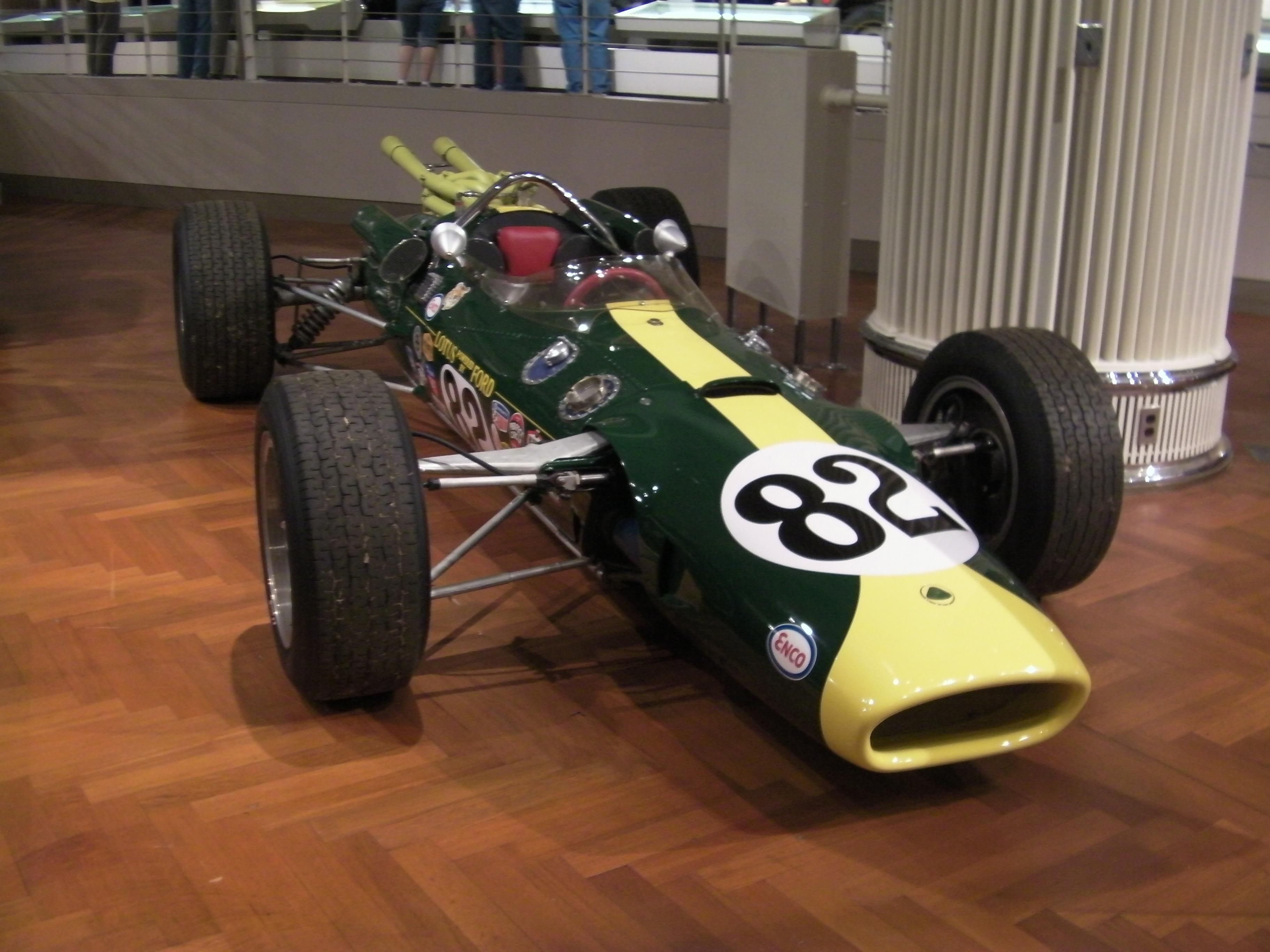 photos of ford lotus race cars | Lotus 40 Ford Jim Clark Brands ...