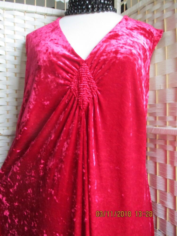 17c7bcc5c4c MARKS   SPENCER RED VELVET DRESS SIZE 20 PERFECT CONDITION  fashion   clothing  shoes  accessories  womensclothing  dresses (ebay link)