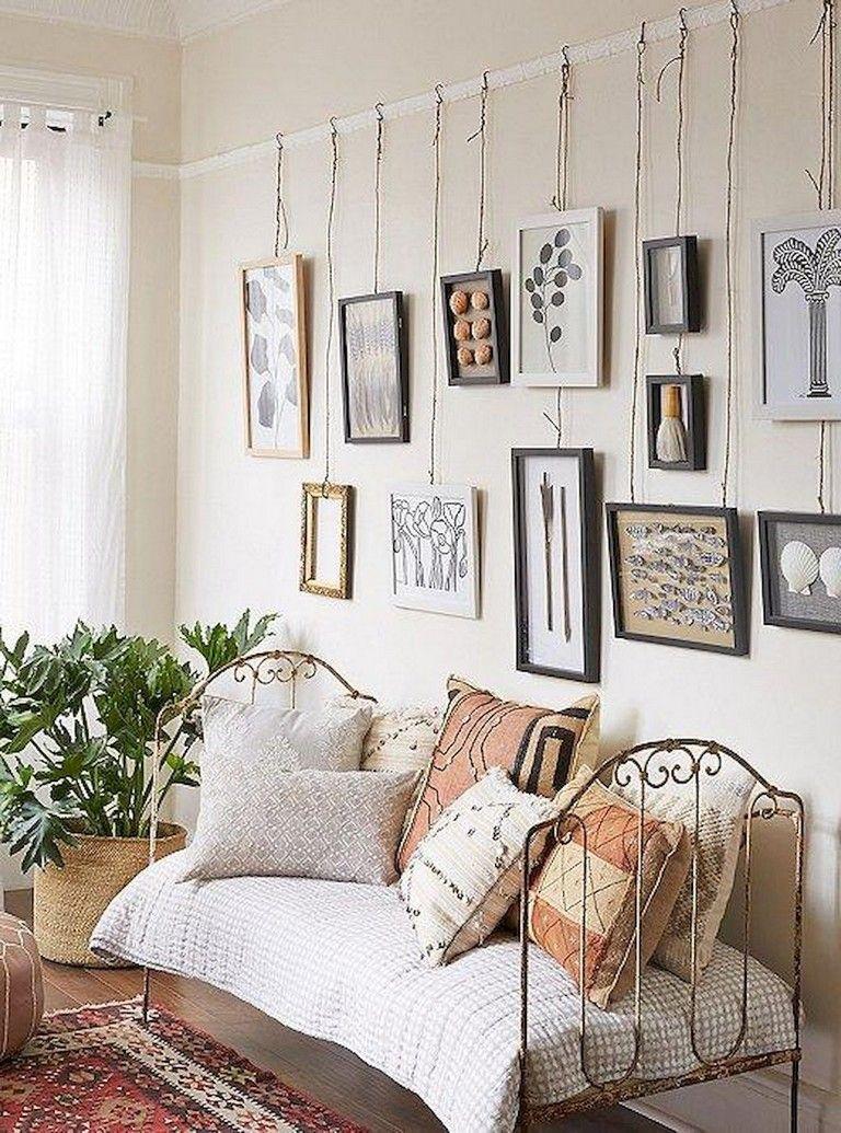56+ Lovely Gallery Wall Bedroom Ideas   Gallery wall ...