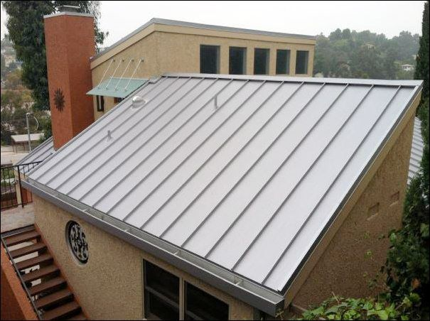 Exterior Modern Metal Roof Designs Applied In Small House That