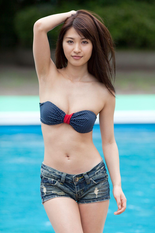 山口沙紀さんの水着