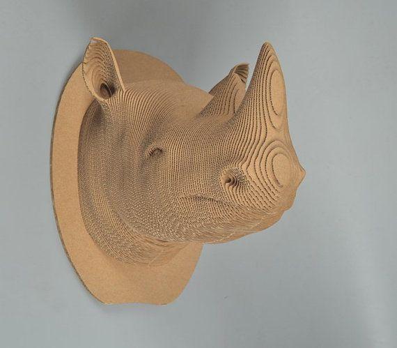 Rhino bust diy cardboard kit deko und türschmuck aus