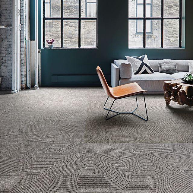 Interface Modular Carpet Tile Detours Pewter Ct101 Pewter Viva Colores Verde Primavera In Open Publi Modular Carpet Modular Carpet Tiles Carpet Design