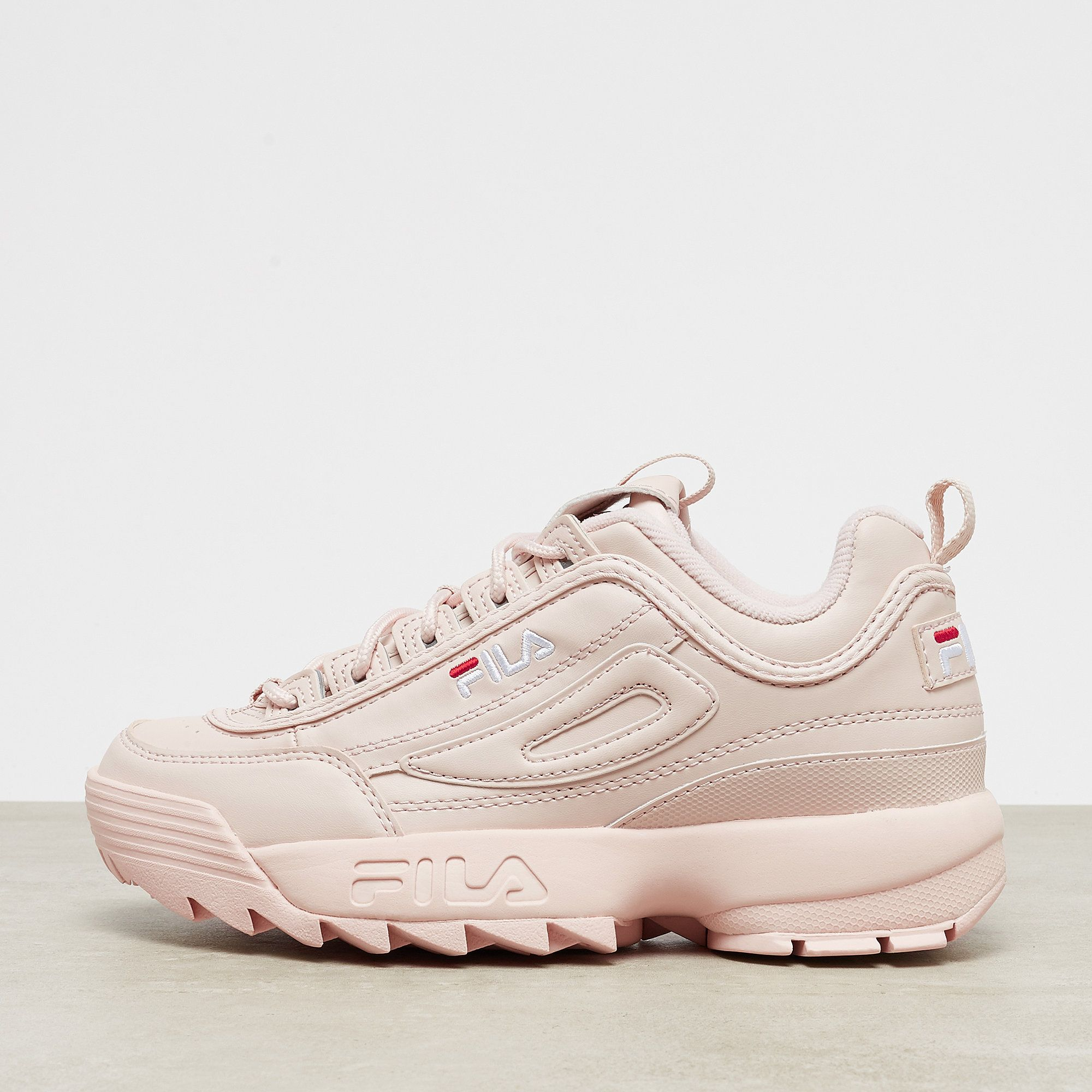 Fila Disruptor Low peach whip | Shoes in 2019 | Fila schuhe ...