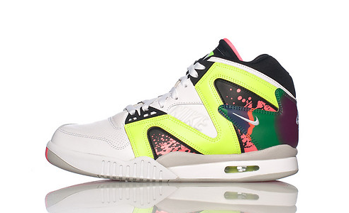 online retailer 18b7f 9fa88 Nike Air Tech Challenge Hybrid OG Avaiable Now  Kix and the City Kix and