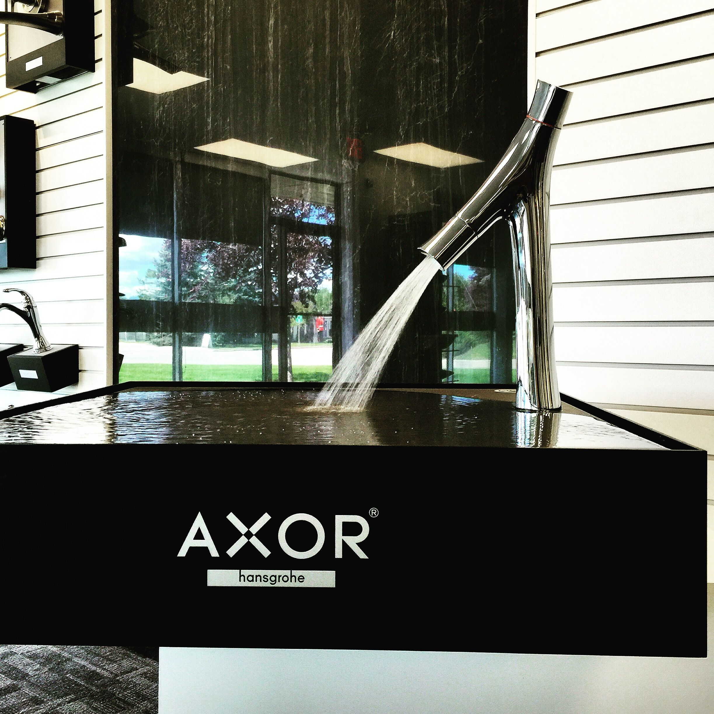 And because the video was cropped.... #hansgrohe #axor #starck ...
