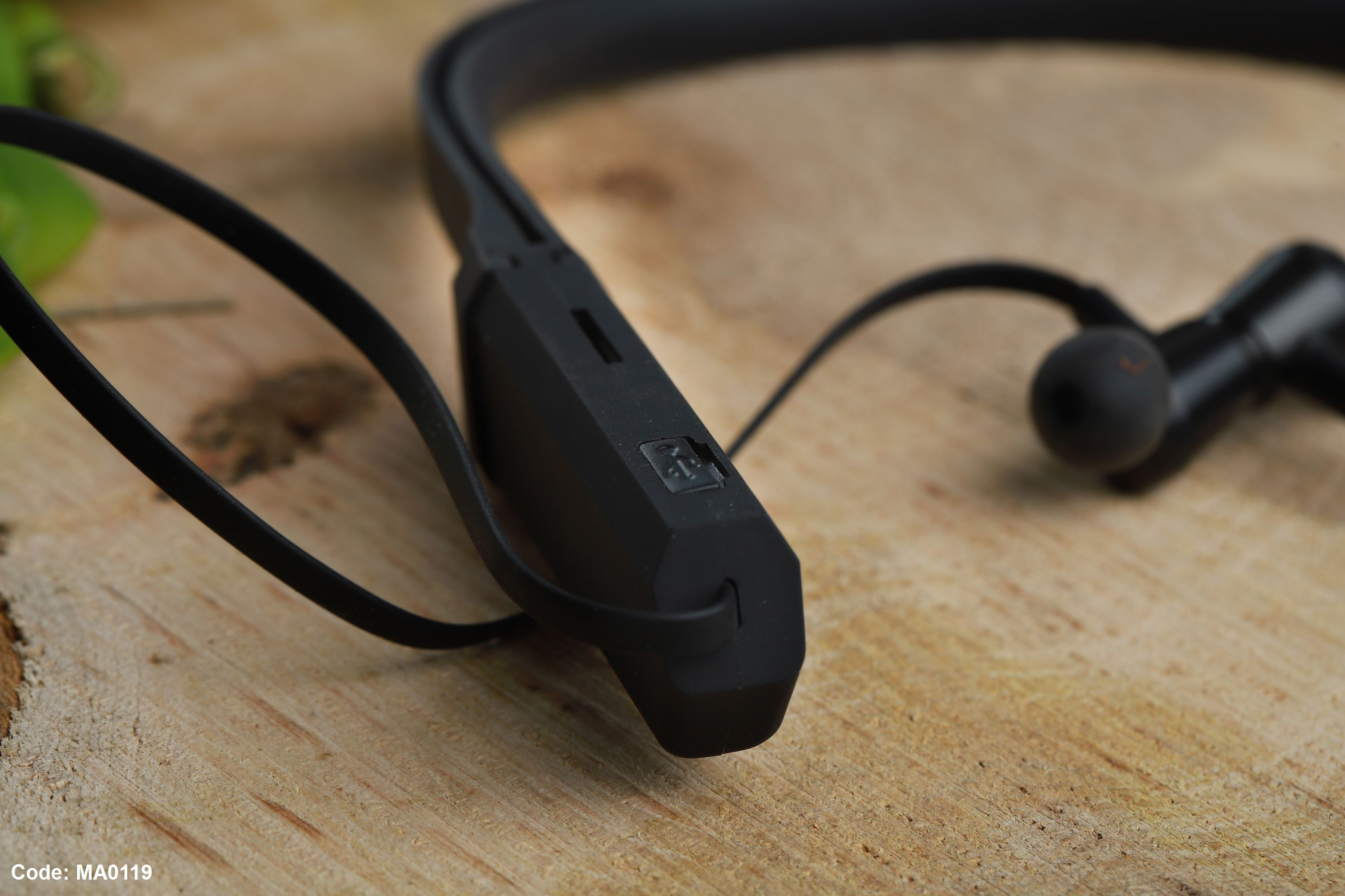 Bluetooth Headphones Favio H26 بسعر 255ج بدل من 430ج Phone Accessories Headphones Earbuds