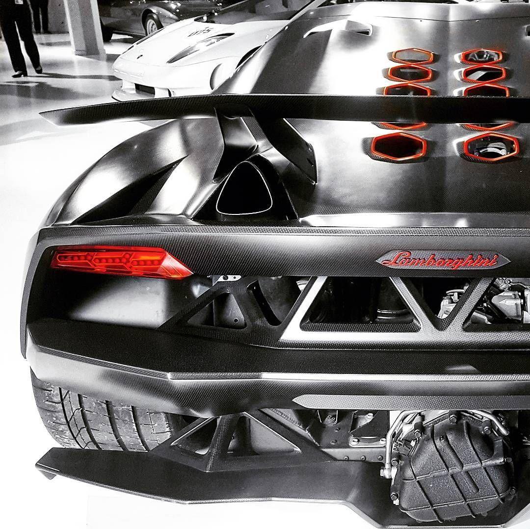 Amazing picture of the Lamborghini Sesto Elemento (Instagram / @matteo_salvato) #lamborghinisestoelemento Amazing picture of the Lamborghini Sesto Elemento (Instagram / @matteo_salvato) #lamborghinisestoelemento
