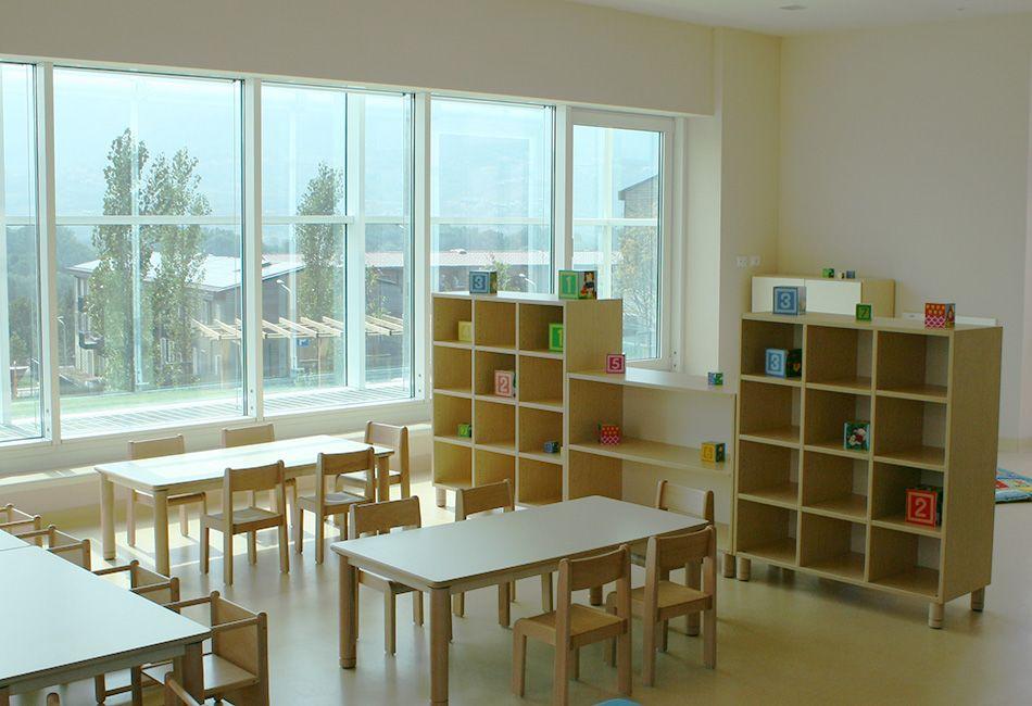 Arredamento scuola materna arredo scuola dell 39 infanzia for Arredo scuola materna