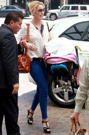 Katherine Heigl in her Super Skinny Ankles in Cobalt.