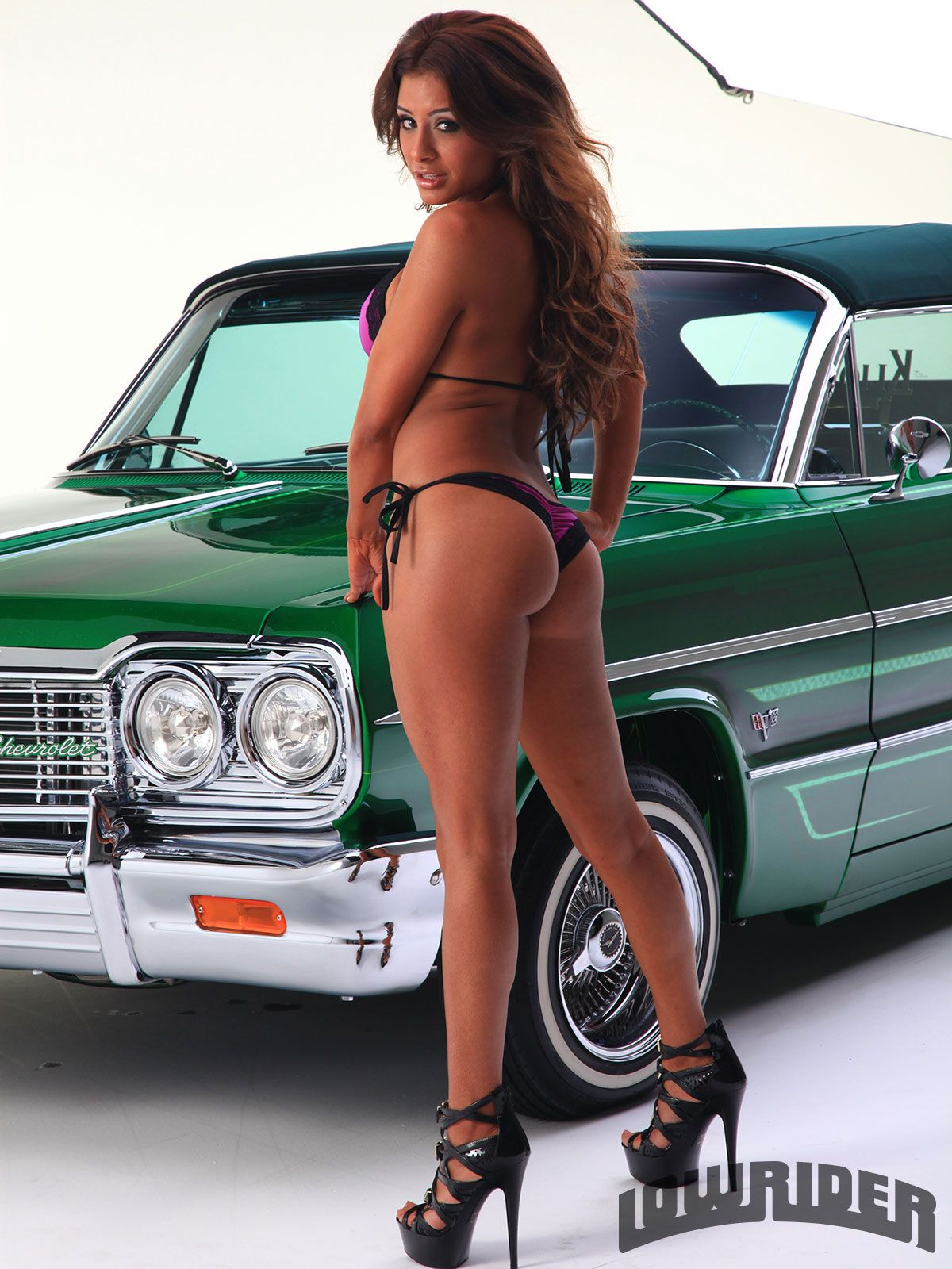 naked-lowrider-ladies-my-wife-on-video