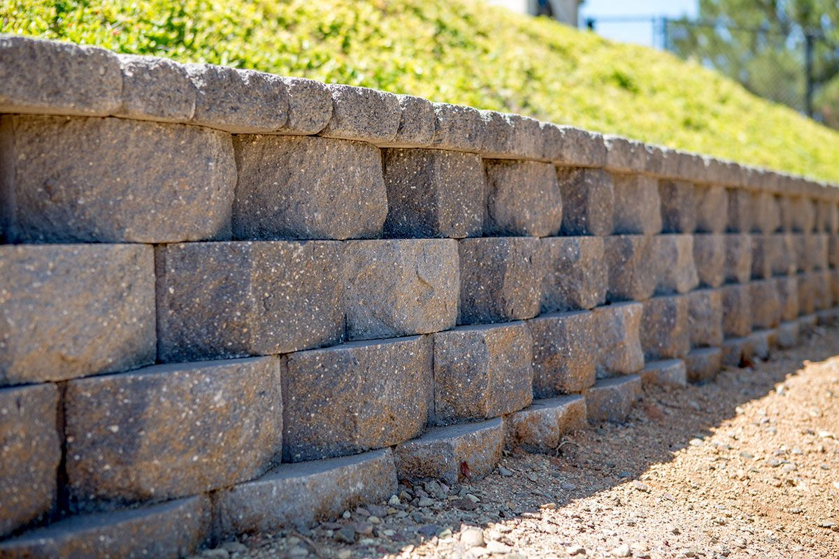 Get Inspired Keystone Retaining Wall Systems Photo Gallery Keystone Retaining Wall Landscaping Retaining Walls Retaining Wall