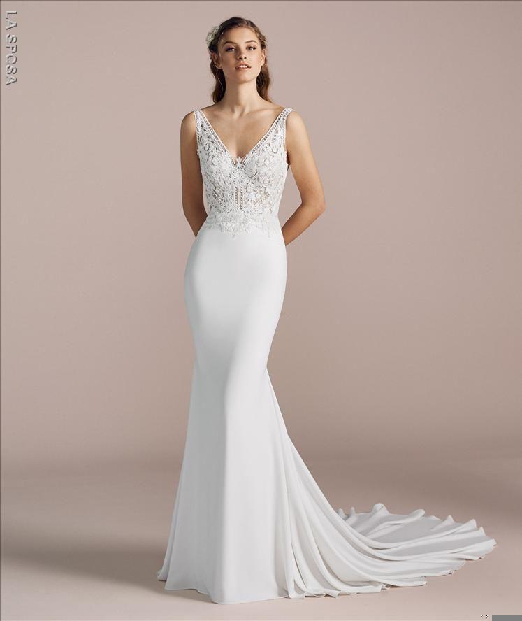 18cb70595afe 2019 Pronovias La Sposa (St.Patrick) Bridal Gown - Modern Bride ...