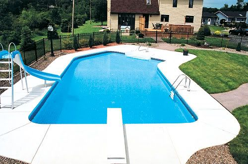 Inground pool with diving board | Small backyard pools ...