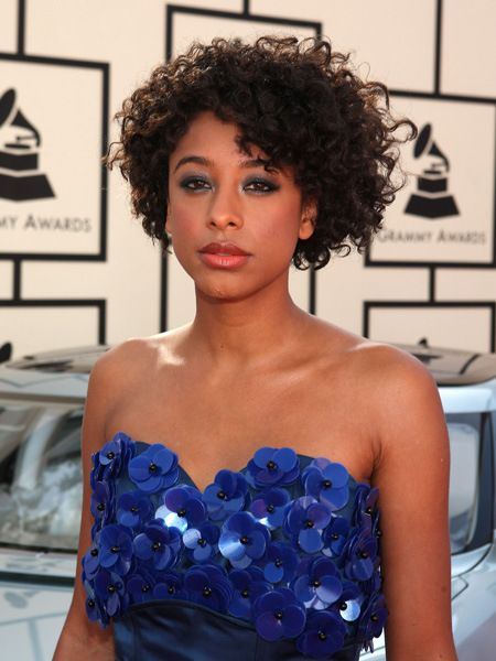 Corinne Bailey Rae short natural hairstyle