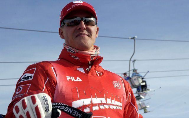 Michael Schumacher è sveglio e risponde alla moglie. Ecco il comunicato di Sabine Kehm #schumacher #coma #sabinekehm