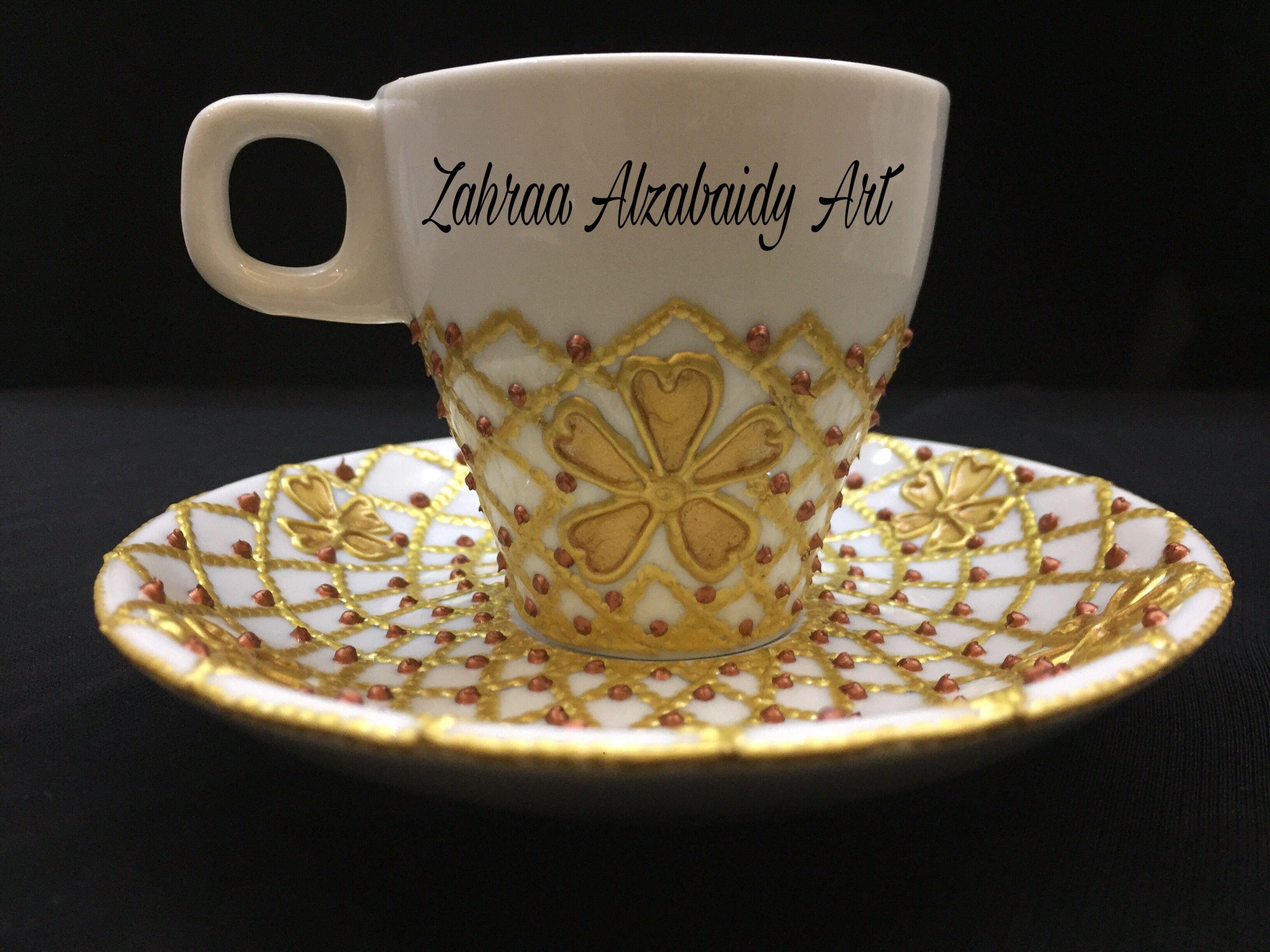 رسم على فنجان قهوة بطريقة التنقيط باستعمال محددات الزجاج Vase Crafts Tea Pots Glassware