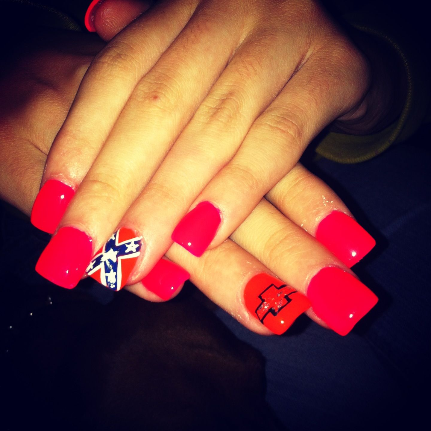 so cute, but if i asked the ladies at my nail salon to do this