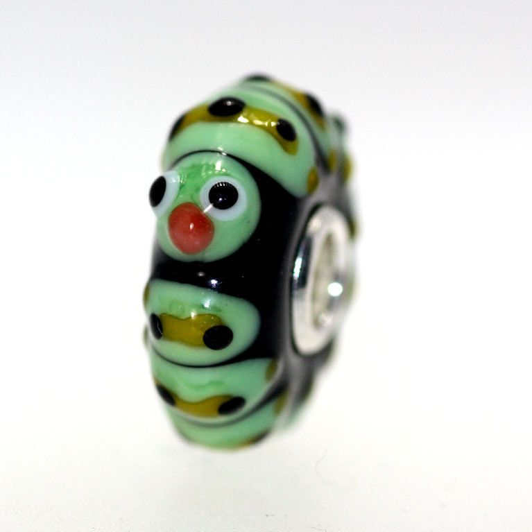 Trollbeads Gallery - Classic Unique 8700, $45.00 (http://www.trollbeadsgallery.com/classic-unique-8700/)