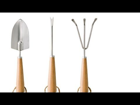 List Of Common Gardening Tools Gardening Tools And Their Functions Ur With Images Garden Tools Growing Plants Garden