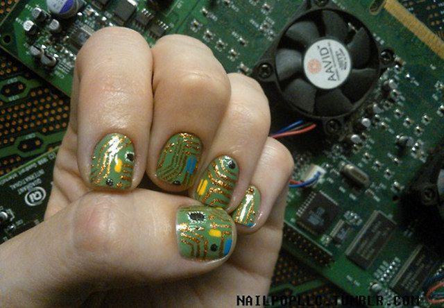 Unhas em circuitos