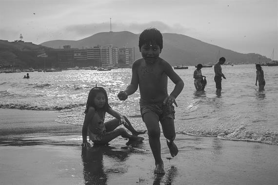Acabo de compartir la foto de Ronald Alex Espinoza Marón que representa a: Playas de Ancón