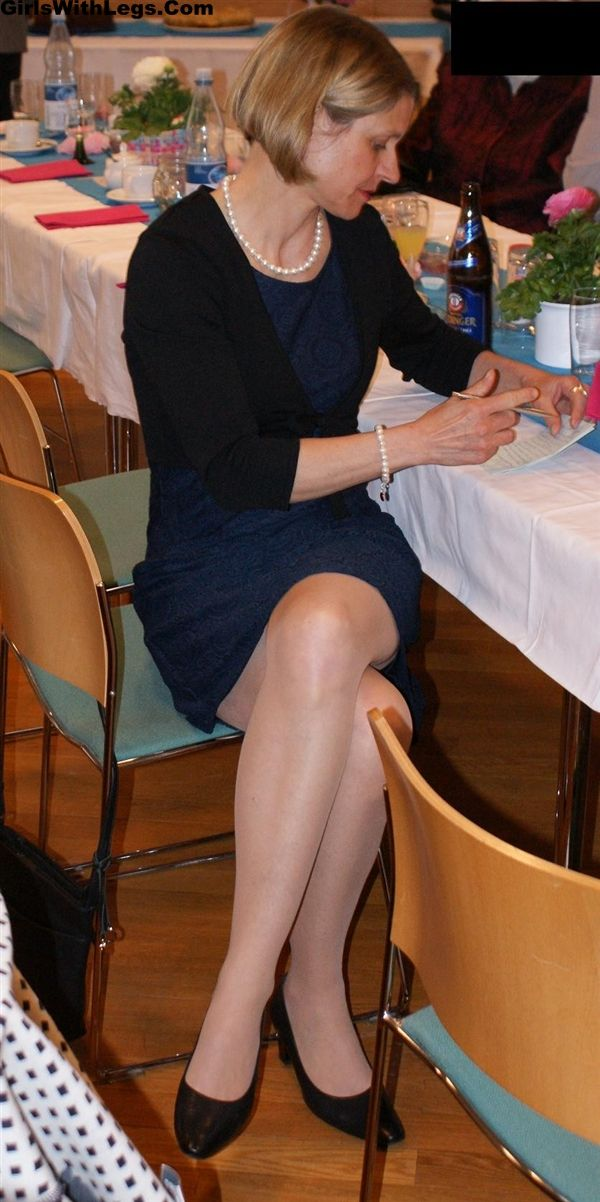 Mature nylon legs in dresses