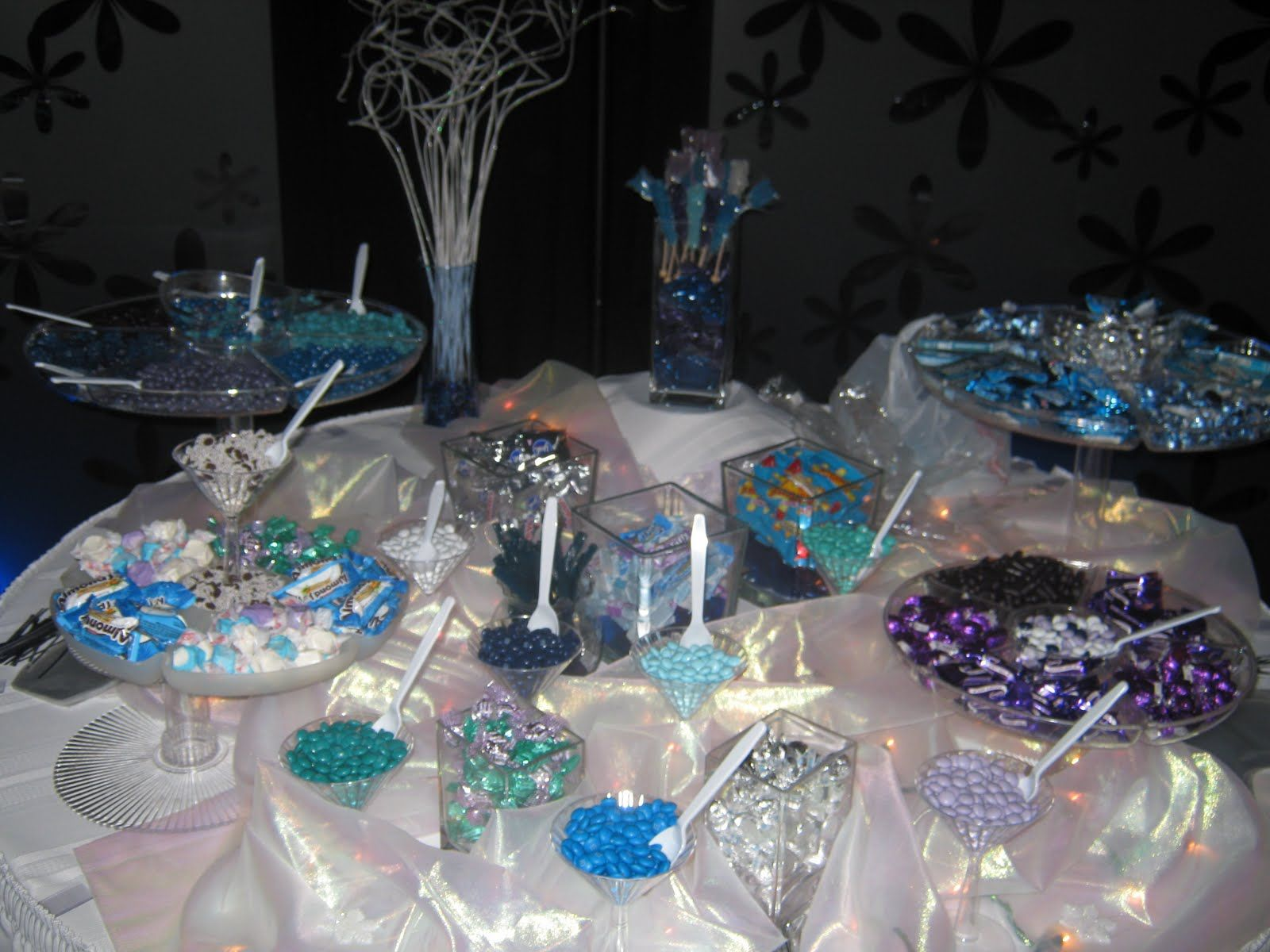 These would work well for a winter wonderland themed party too
