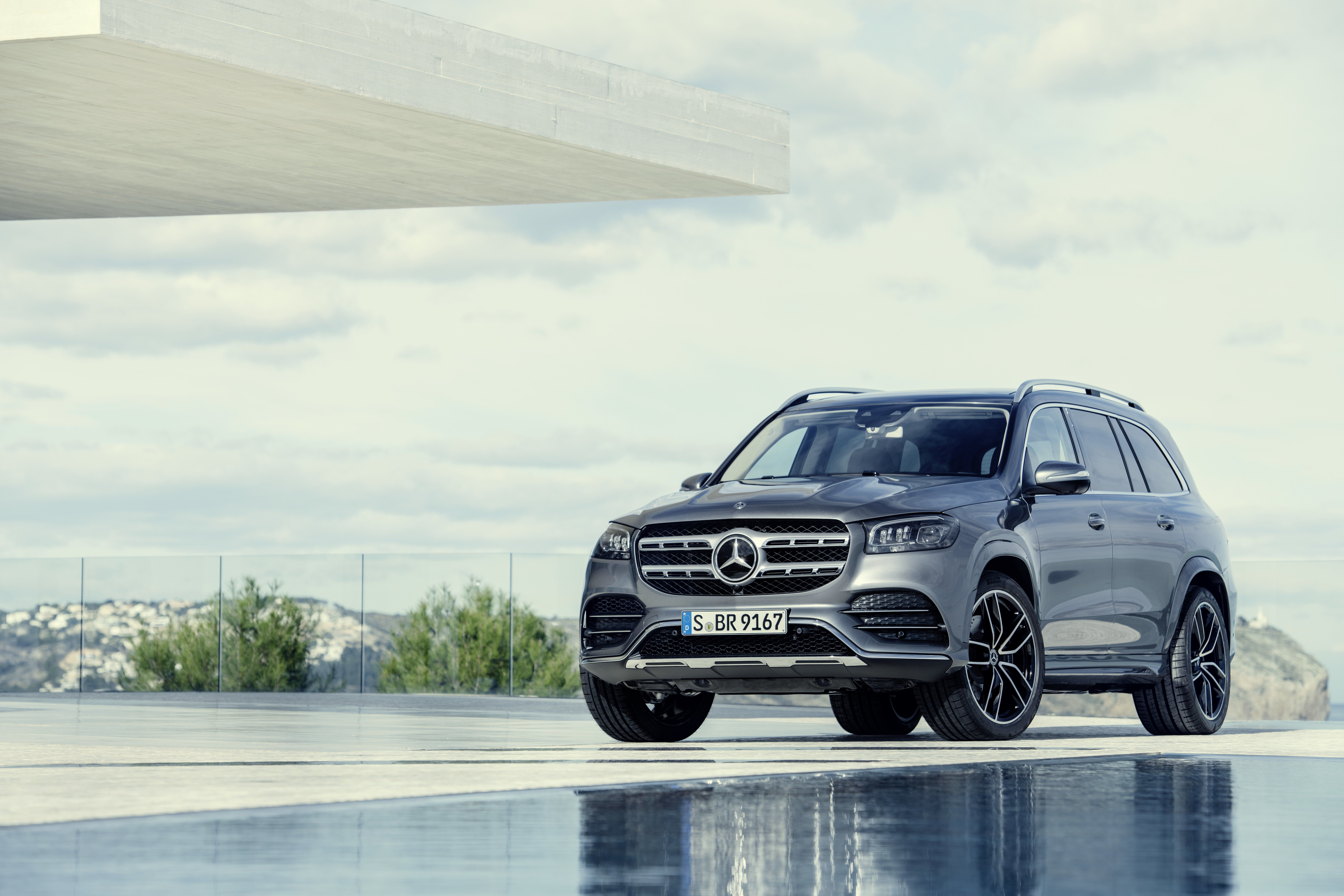 Wallpaper Of The Day 2020 Mercedes Benz Gls Benz Suv Mercedes
