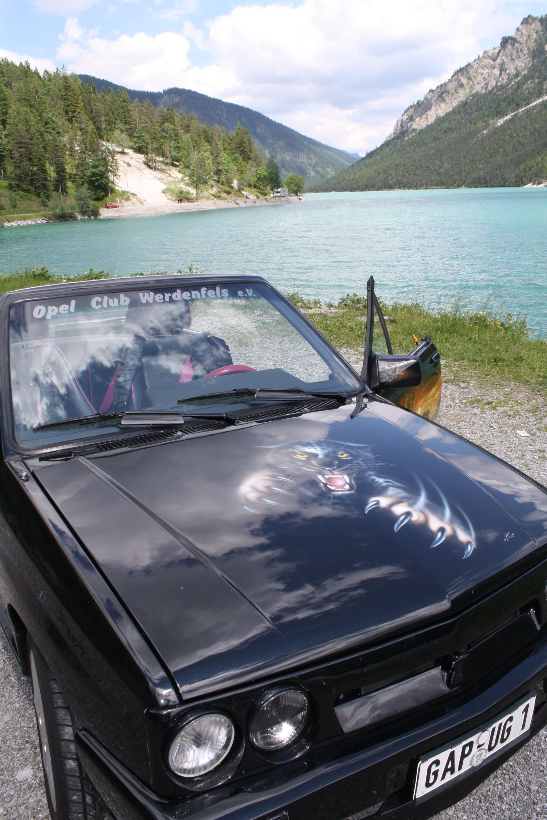 cabrio tour mit dem k nig der l wen entlang am plansee. Black Bedroom Furniture Sets. Home Design Ideas