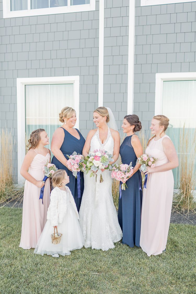 Elegant Nautical Oceanfront Wedding At The Cliff House Maine In Cape Neddic Love Navy Blue And Light Pink Bridesmaid Dresses Bouquets