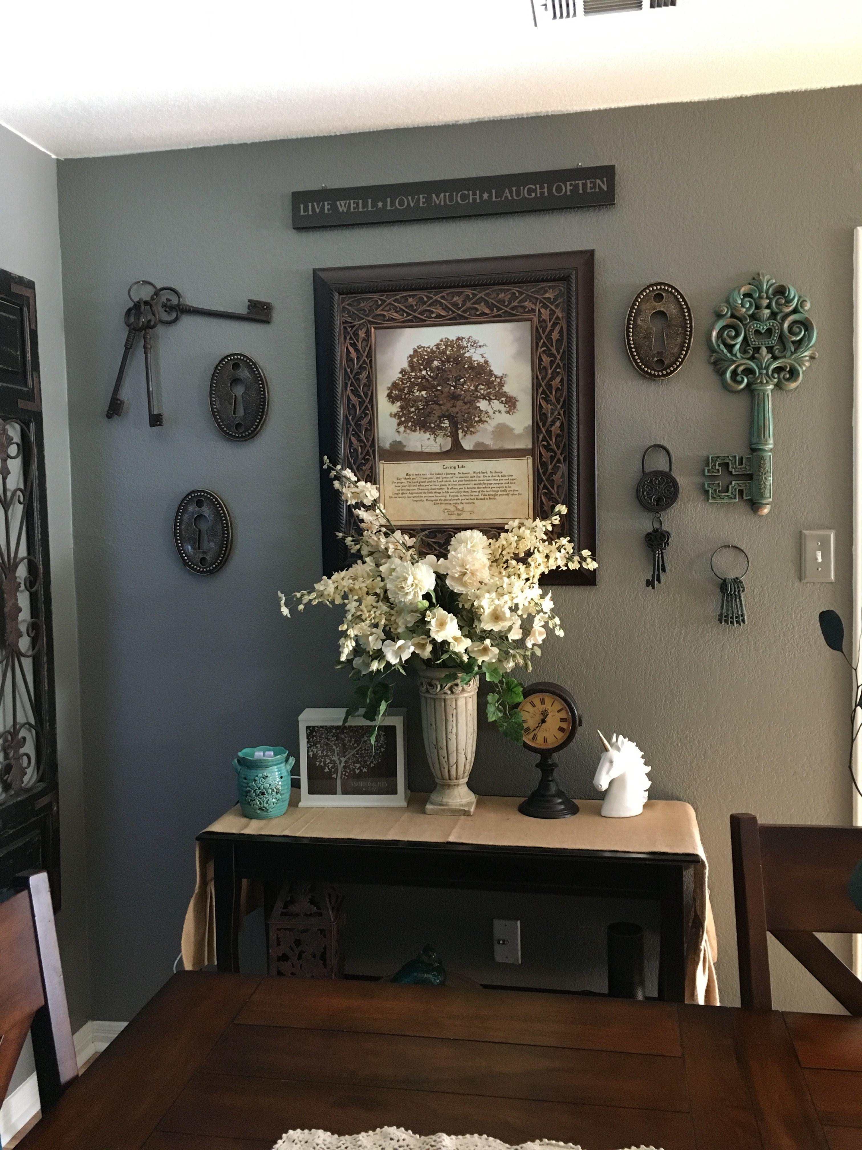I Love Skeleton Keys So I Decorated My Dining Room Wall With A Few Dining Room Walls Skeleton Key Decor Wall Decor