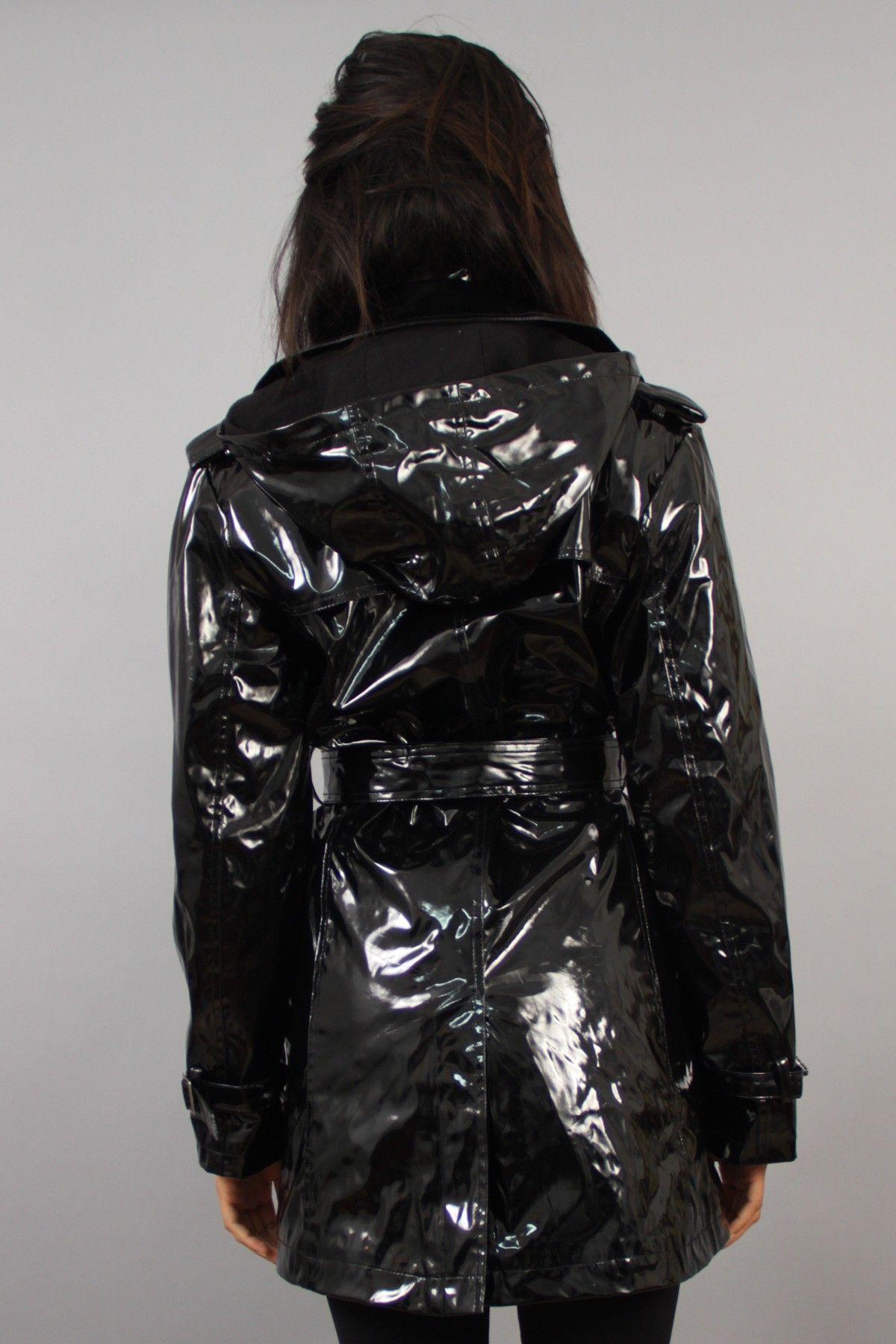 trench cir avec capuche amovible noir impermeables et v tements plastique polyurethane pvc. Black Bedroom Furniture Sets. Home Design Ideas