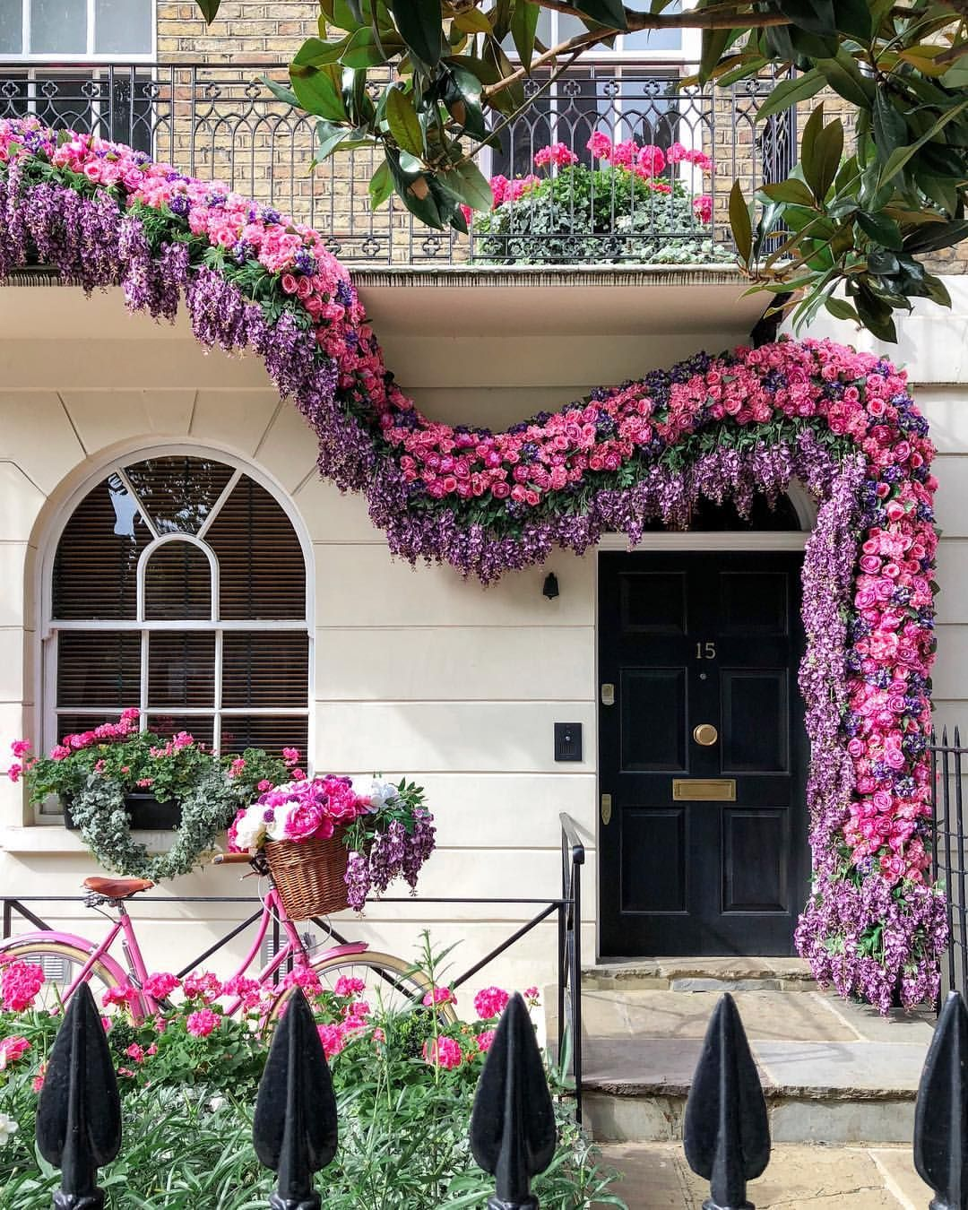 Amazing Outdoor Floral Design