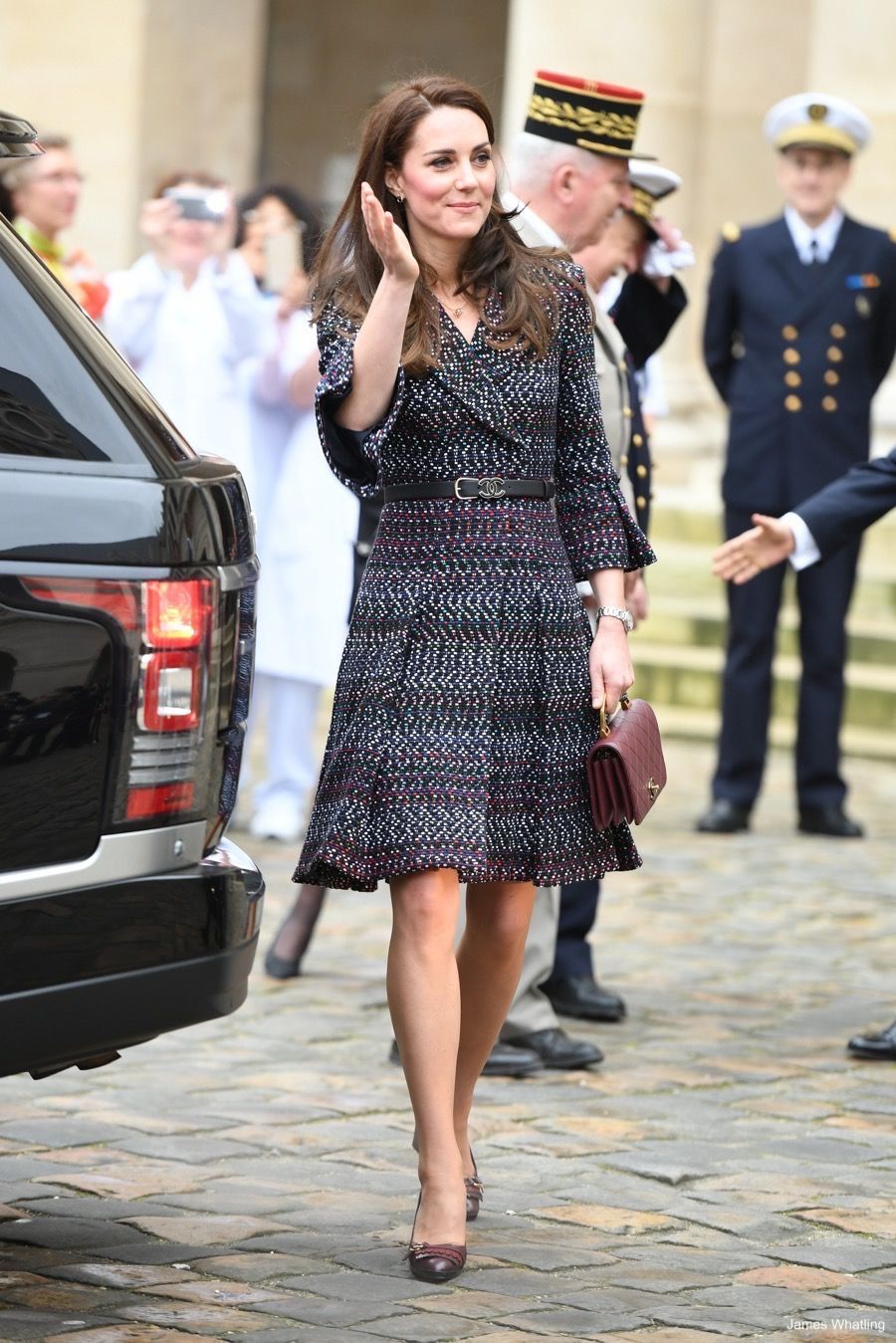 Discussion on this topic: Kate Middleton Wears a Chic Gray Coat , kate-middleton-wears-a-chic-gray-coat/