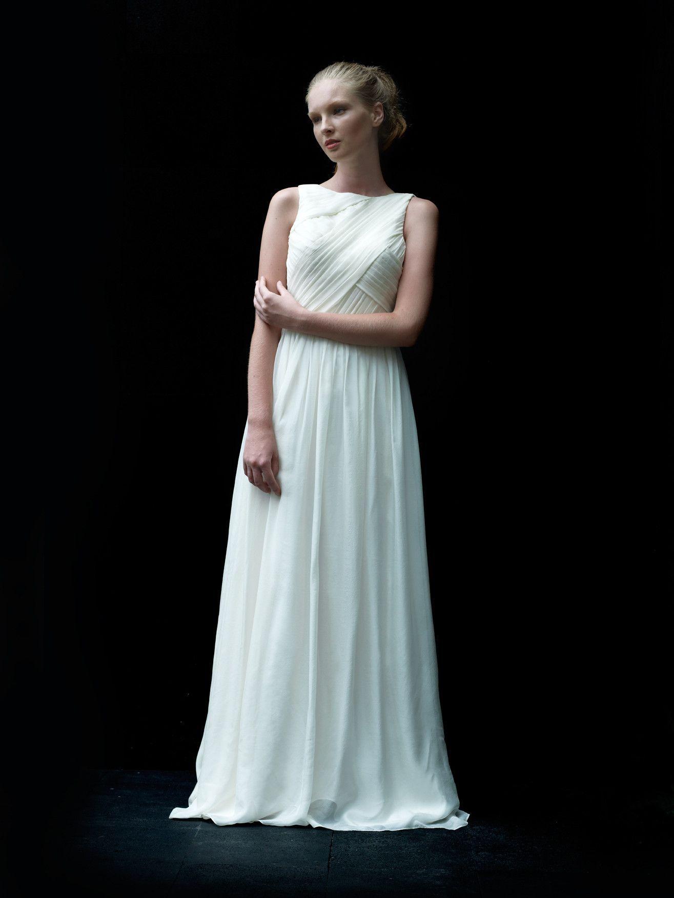 Love, Yu \'Ocho\' | Wedding dress and Weddings