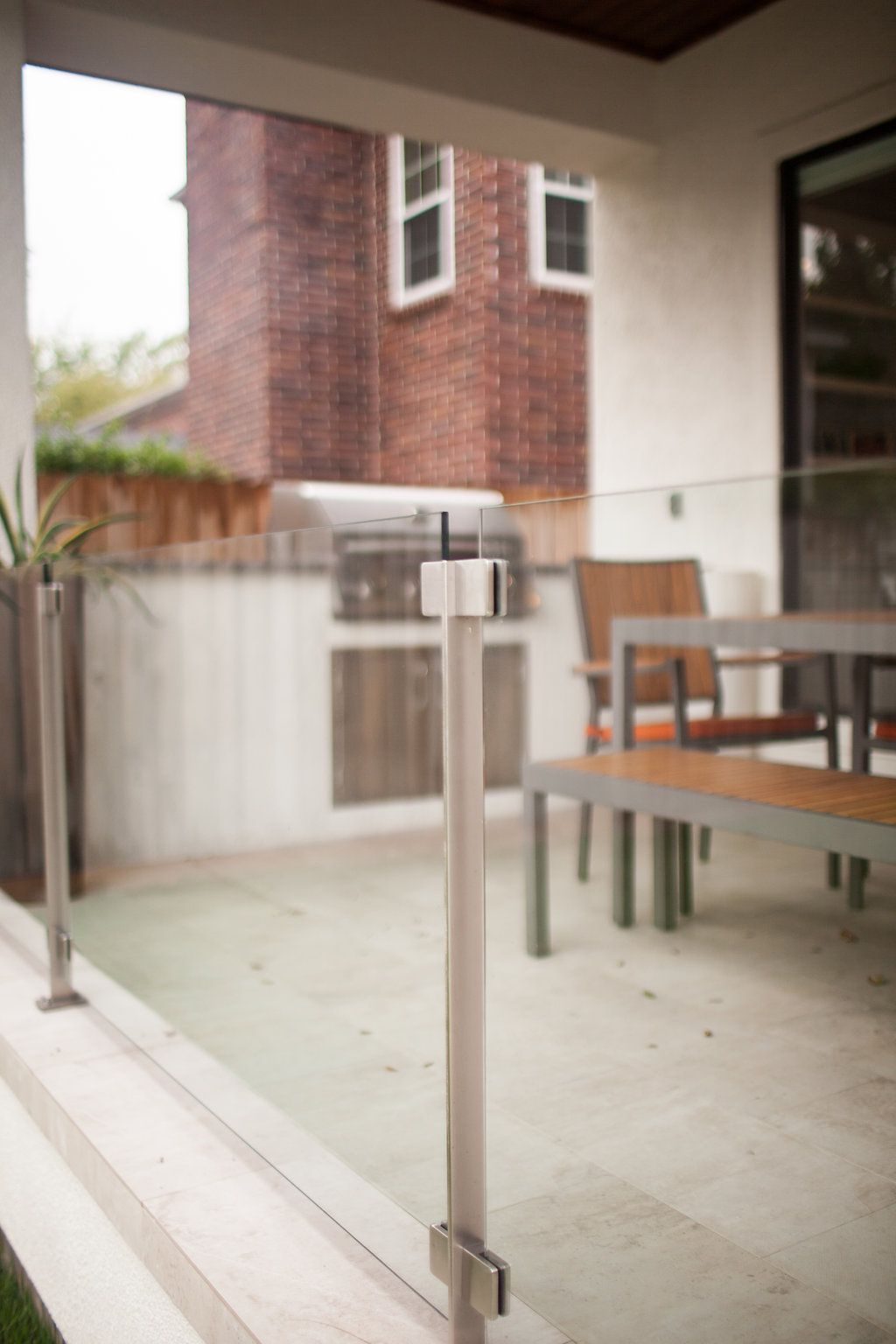 Best Stainless Steel Post And Glass Railing For Outdoor Patio 400 x 300