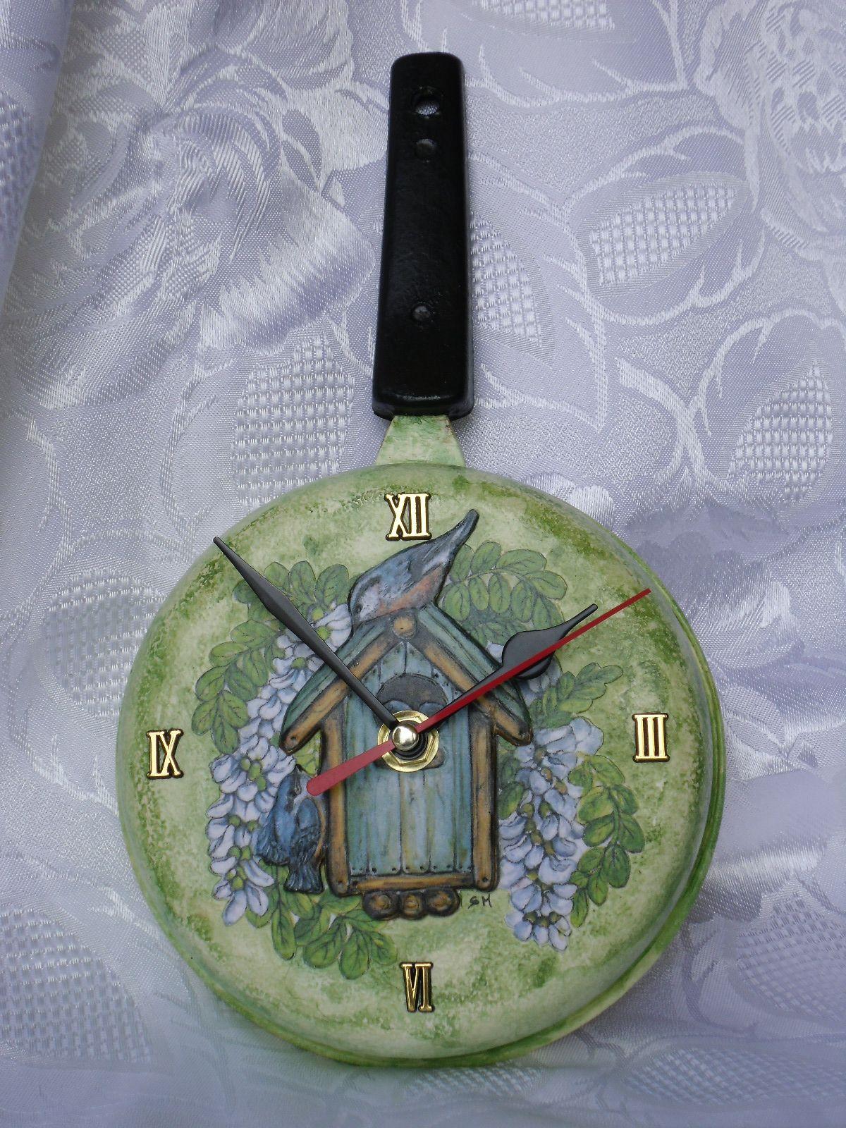 orologio\padella con casetta e ucciellini, decoupage 3D effetto bassorilievo