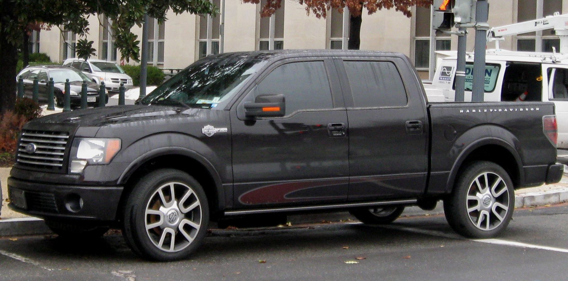 2010 ford f 150 harley davidson ford 2010 f 150 owners manual pdf download 2010 ford 150 parts accessories amazon for 2010 the f 150 is reworked to be  [ 1808 x 896 Pixel ]