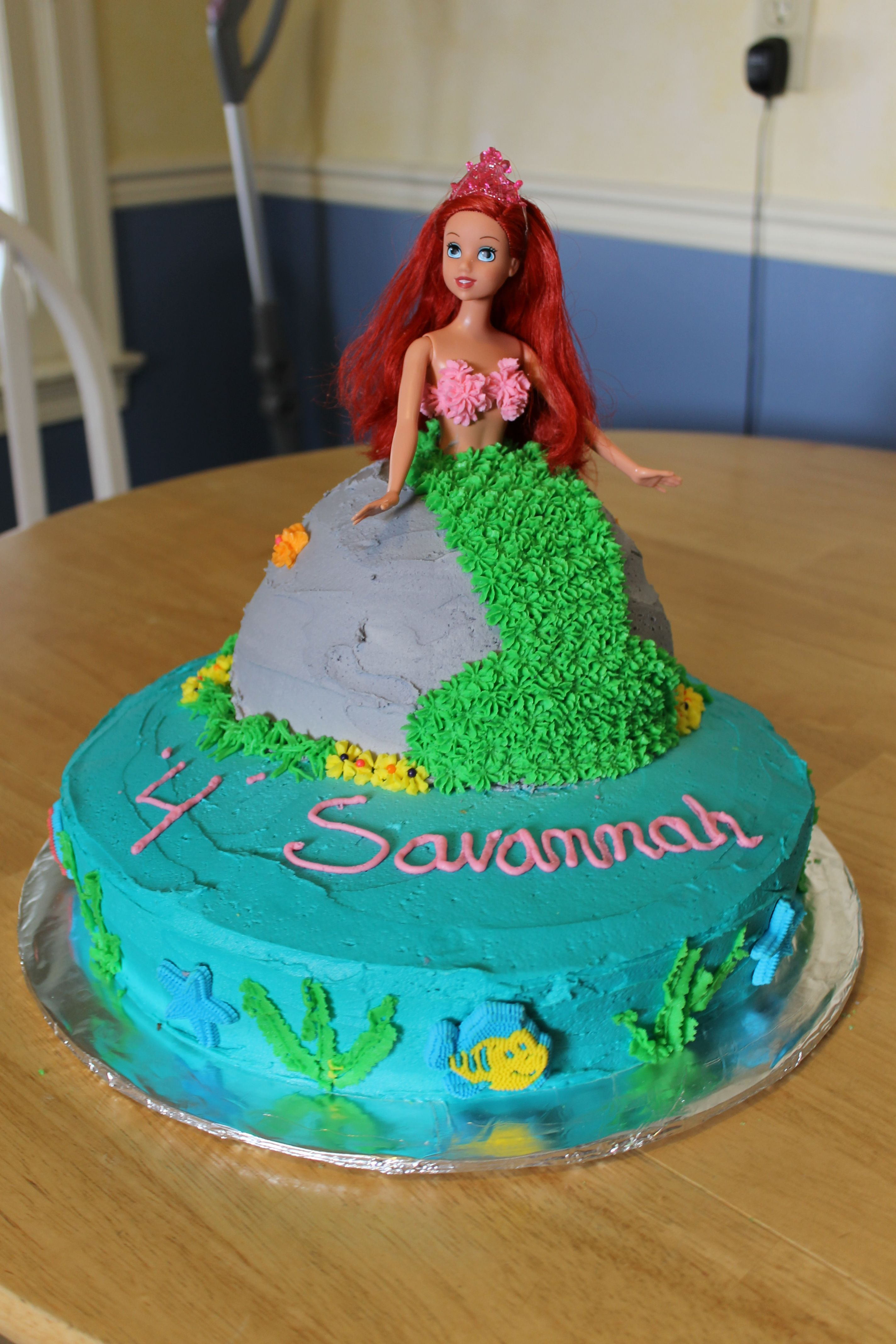 Ariel Cake I Made A Round Cake And The Doll Making Cake