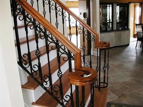 Best Architecture Oak Top Rail With Detailed Iron Inner 640 x 480