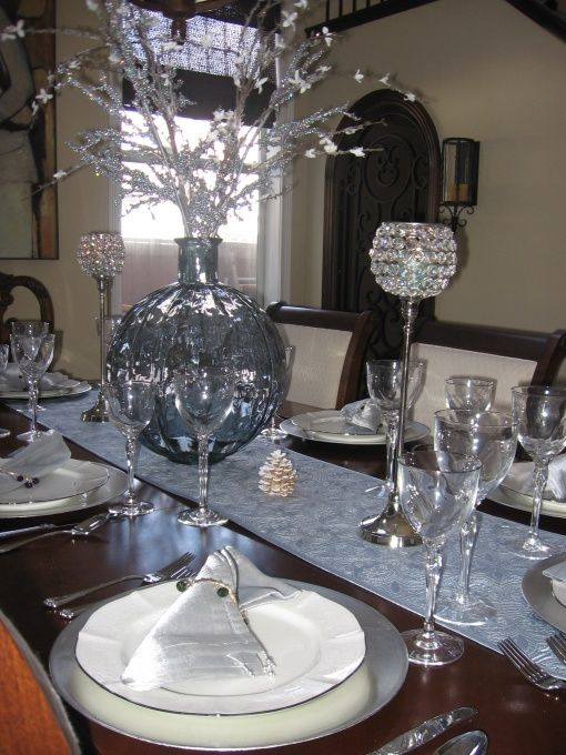 Christmas Table Setting In Ice Blue And Silver Christmas Dining Table Christmas Dining Room Decor Christmas Dining Room