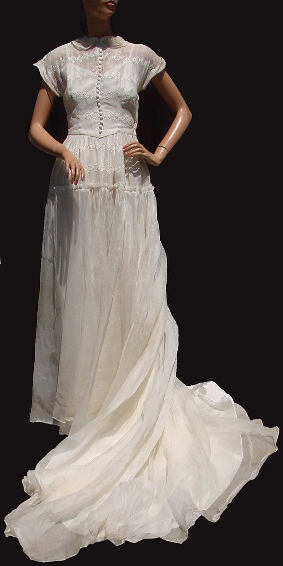 1930s WEDDING GOWNS | 1930′s wedding gown | The Beauty Philosopher ...