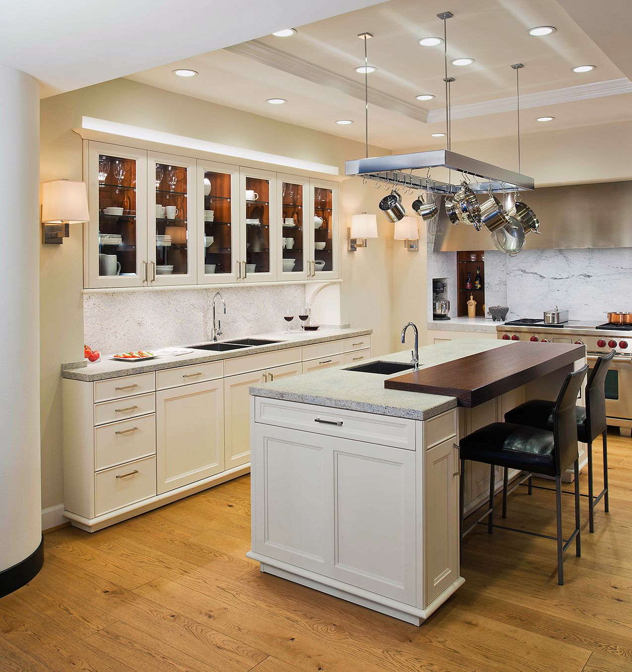 KONST SieMatic Kitchen Interior Design - White Classic Cabinetry