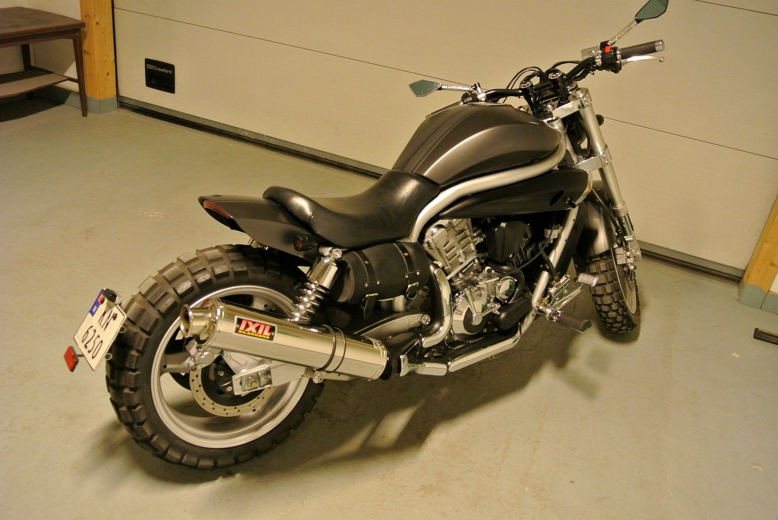 FINN – Hyosung AQUILA GV 650 Cars And Motorcycles, Bullet, Motorcycles,  Motorbikes,