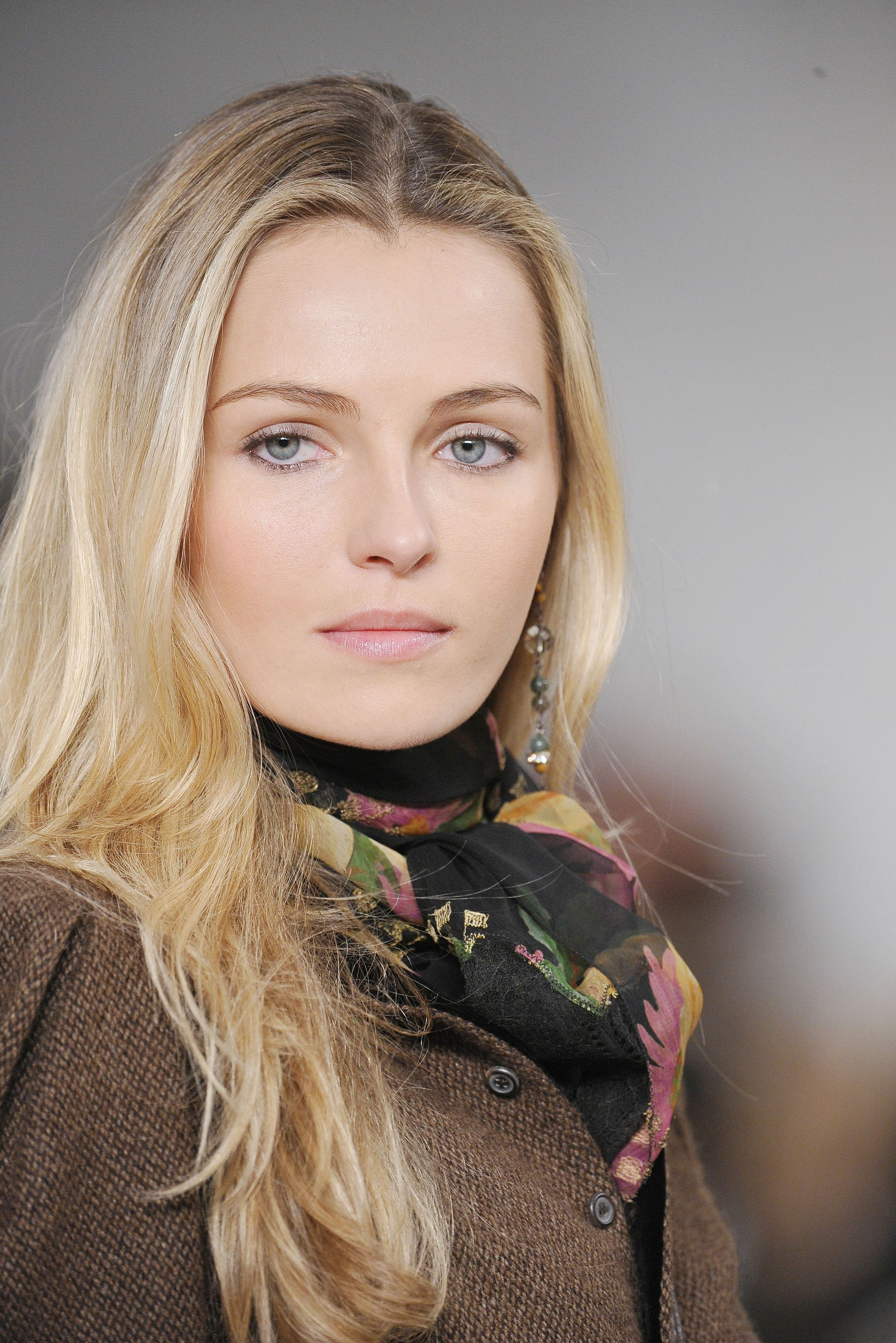 Forum on this topic: Linda Rybova, lynne-wintersteller/