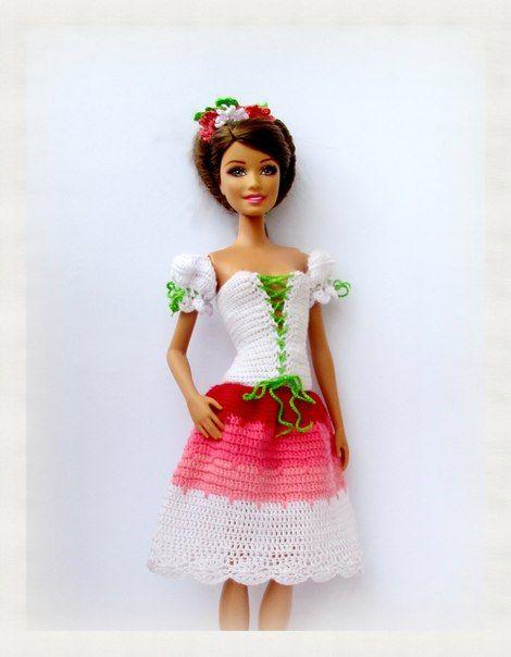 Pin von Johanna Unegg auf Puppenkleidung | Pinterest | Barbie ...