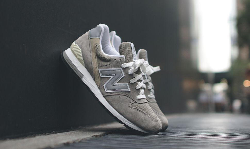 grey new balance 996
