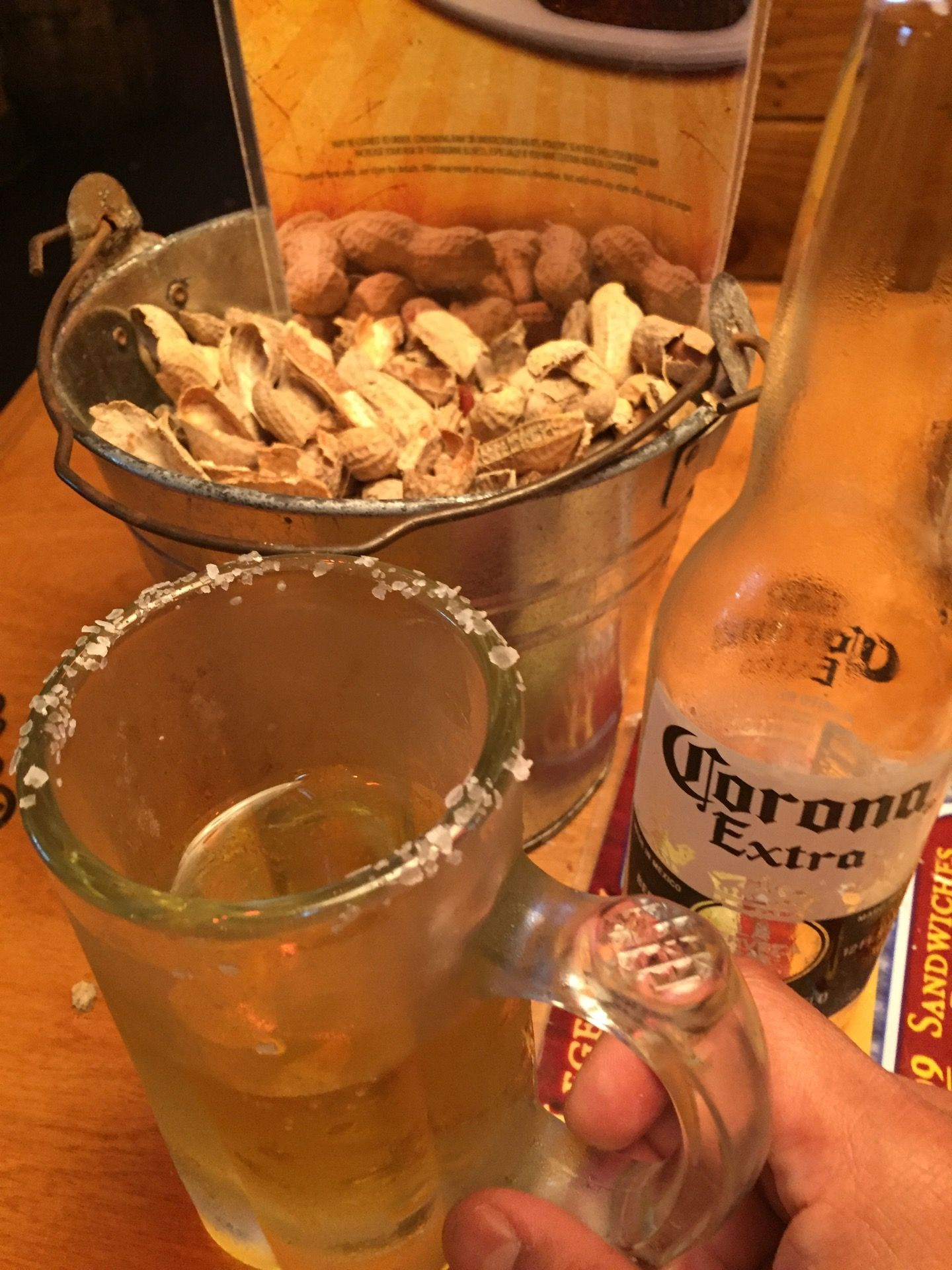 Texas Roadhouse Alcoholic drinks, Texas roadhouse, Bottle