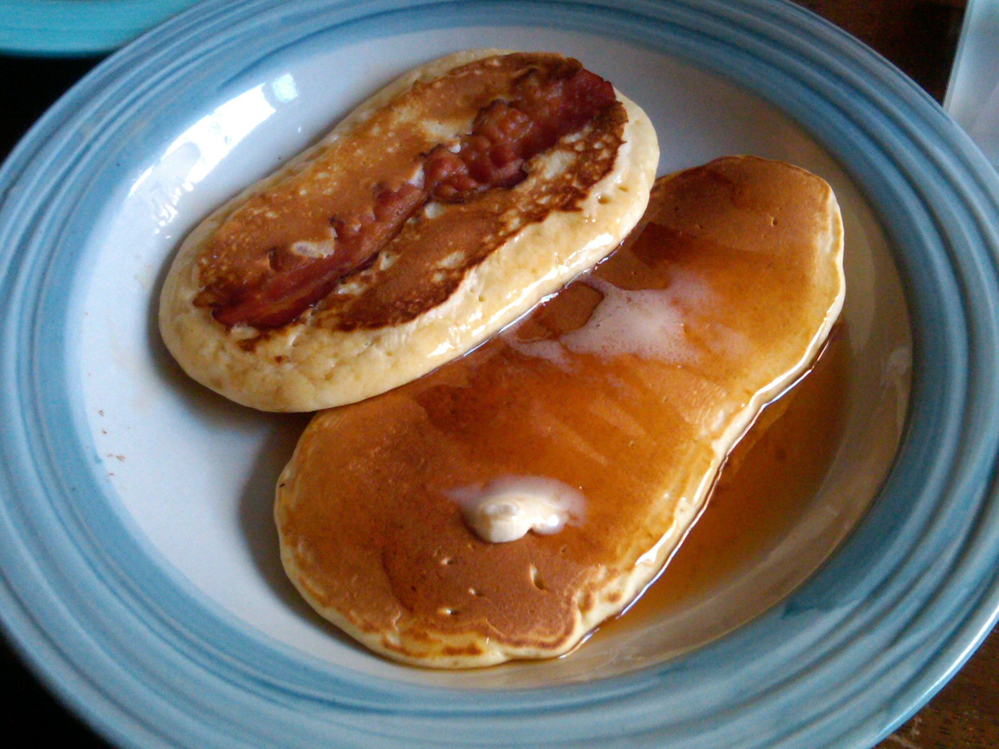 Bacon pancakes, IN ACTION.